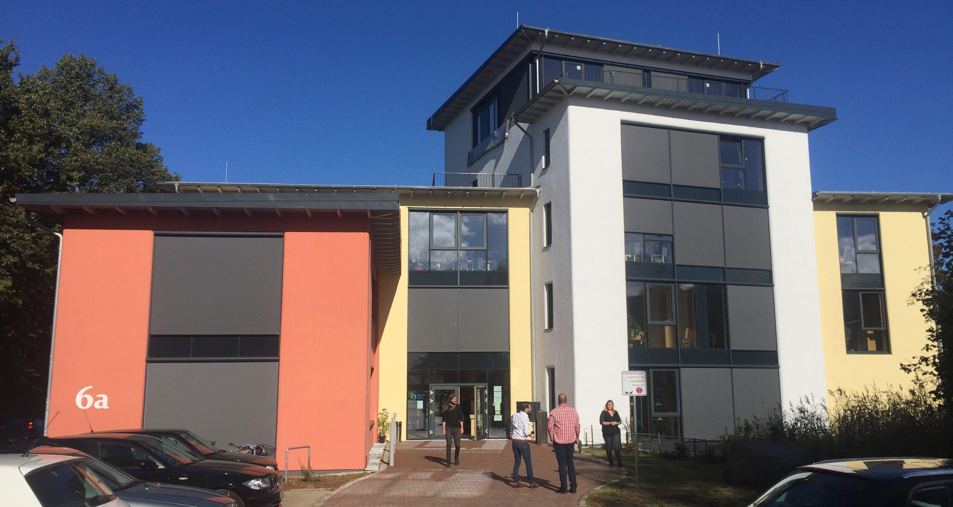 Nachhaltig Bauen haks im norddeutschen zentrum für nachhaltiges bauen auszubildende